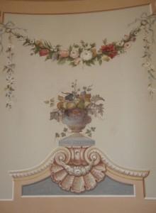 Роспись стены в Гатчинском дворце.